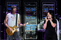 Tom Scholz (L) and Tommy DeCarlo