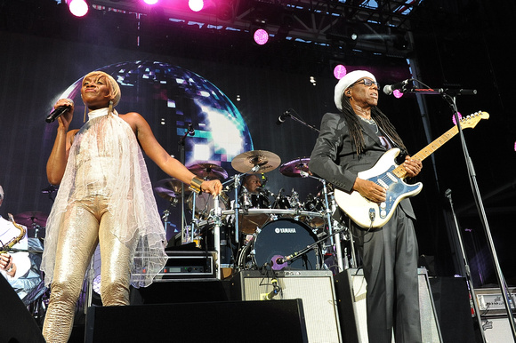Manuel Nauta Chic Featuring Nile Rodgers Kimberly Davis L And