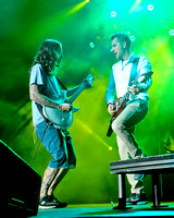 Tim Mahoney (L)  and Nick Hexum