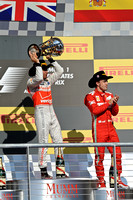 Lewis Hamilton (L)  and Fernando Alonso (R)